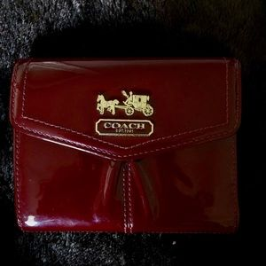 Coach Trifold patent leather wallet EUC
